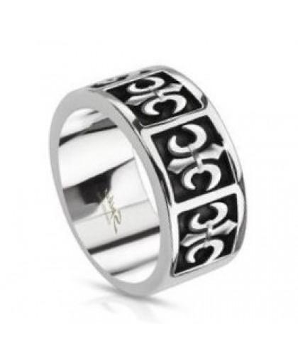 Кольцо  с геральдическими лилиями