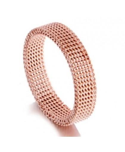 Мягкое кольцо из ювелирной стали золотистое