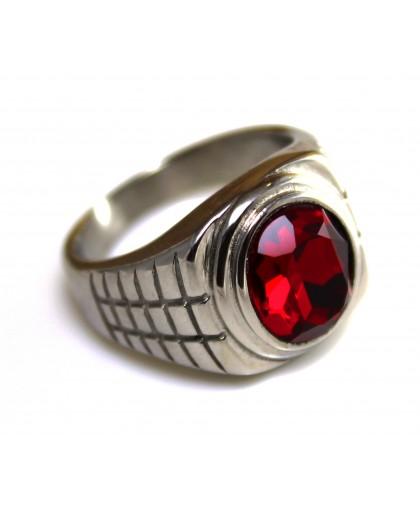 Печатка из ювелирной стали с красным цирконом